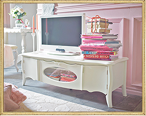 Pink livingroom ピンクリビングルーム